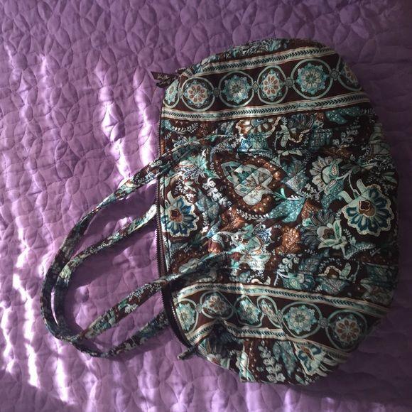 Vera Bradley duffel bag Small version Vera Bradley duffel bag. Perfect condition! Great for overnight visits Vera Bradley Bags Travel Bags