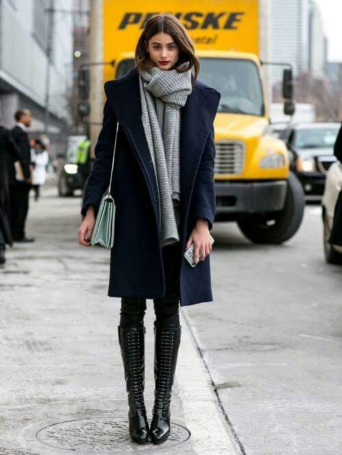 Love this streetstyle! Dark blues and beautiful boots!