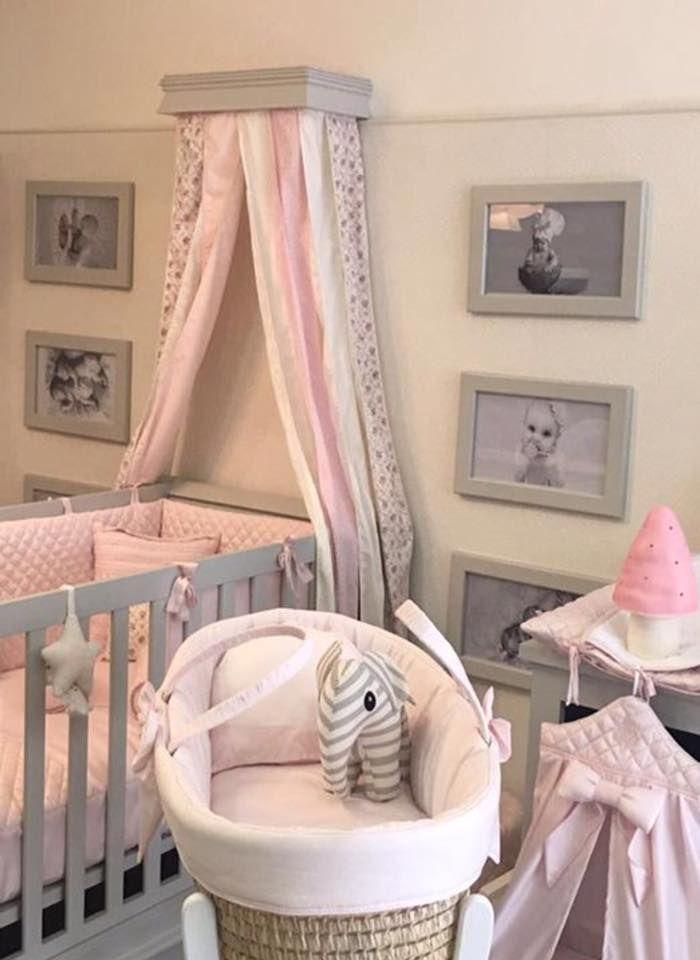 Chambre à coucher bébé – lit barreau – Cocon et papillon