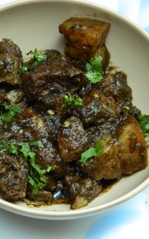Pork curry - Coorg style home delivery in Bangalore