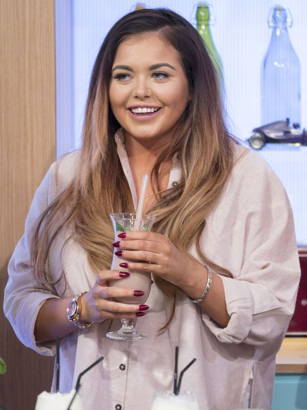 Gogglebox star, Scarlett Moffatt, 25, speaks to Now about her favourite workouts, guilty food pleasures and Caroline Flack's abs!