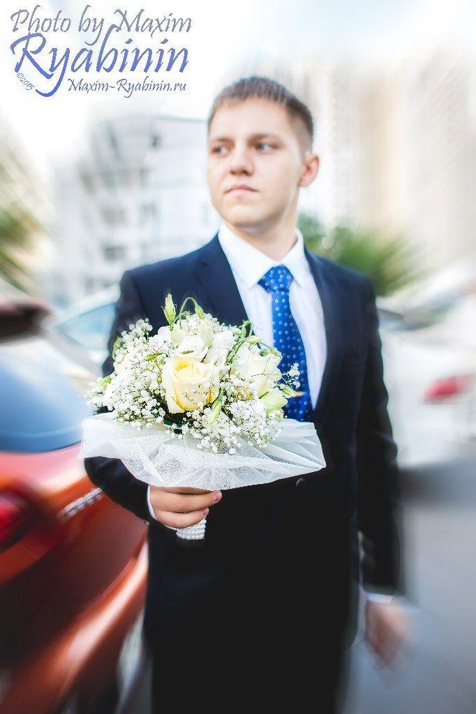 букет фотография портретная портрет съемка репортажная мужчина жених mvryabinin фотограф Максим Рябинин свадебная свадьба