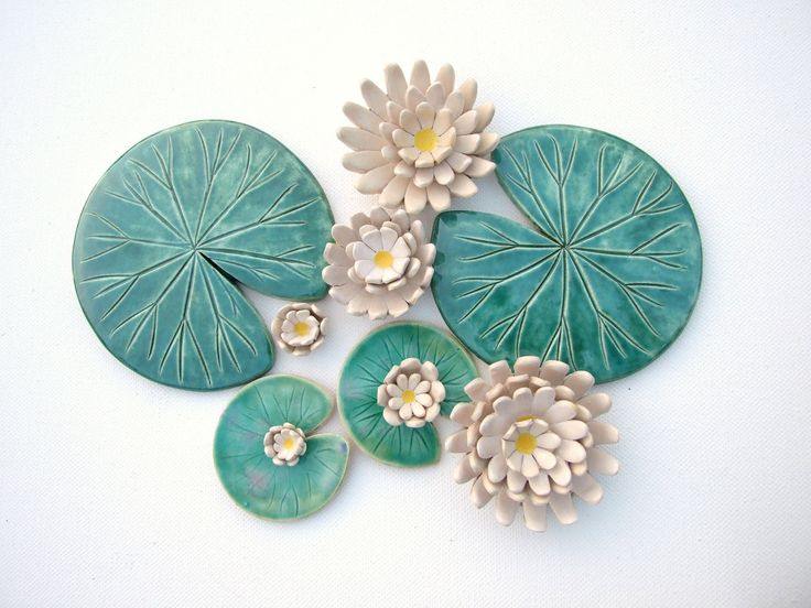 Etsy Holiday Gift Guide: Handmade Coasters by DamsonTreePottery - Lily pad and flower blossom coaster set made from ceramic! Unique, Creative, Eclectic and Quirky Gifts for the holidays. Great Christmas 2016 gift ideas!