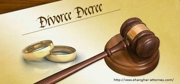 Choosing a divorce lawyer is not handy; you will need a complete knowledge regarding the previous divorce cases they handled. Divorce lawyers sometimes take away your pockets so choose them wisely.