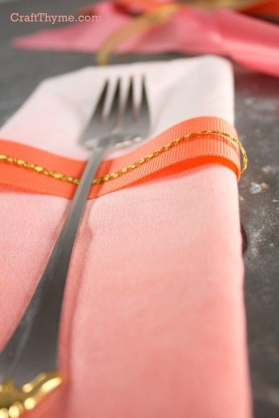 How to ombre dyed napkin in peach and pink