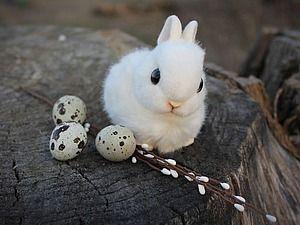 Белоснежный пасхальный кролик в смешанной технике - Ярмарка Мастеров - ручная работа, handmade