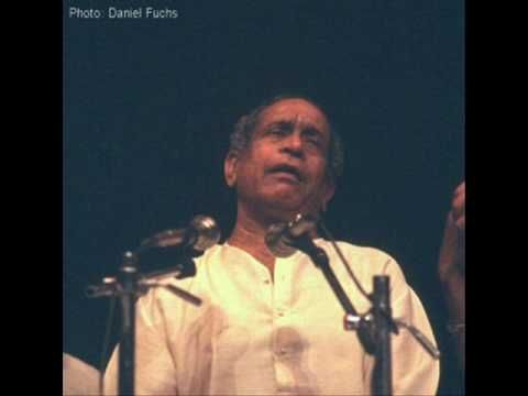 Lyrics: http://technoviking.in/tunga-teeradi-lyrics-bhimsen-joshi-written-by-me Tunga Teeradi - Daasavani sung by Pt. Bhimsen Joshi