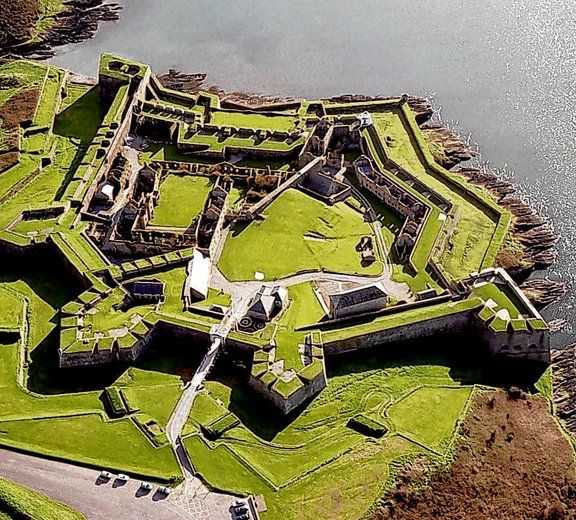 Charles Fort is the best-known historical attraction in Kinsale, Co Cork. Situated in Kinsale harbour, the star-shaped fortress is one of Ireland's finest examples of 17th-century fortification.