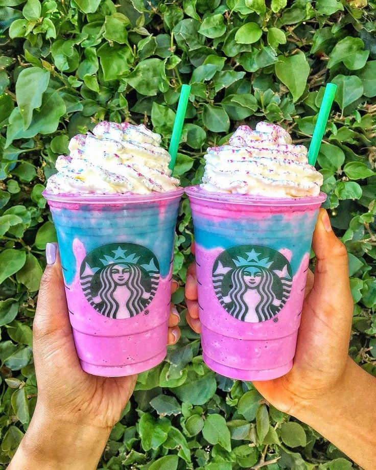 15 Imágenes que harán que se te antoje un Unicorn Frappuccino ahora mismo