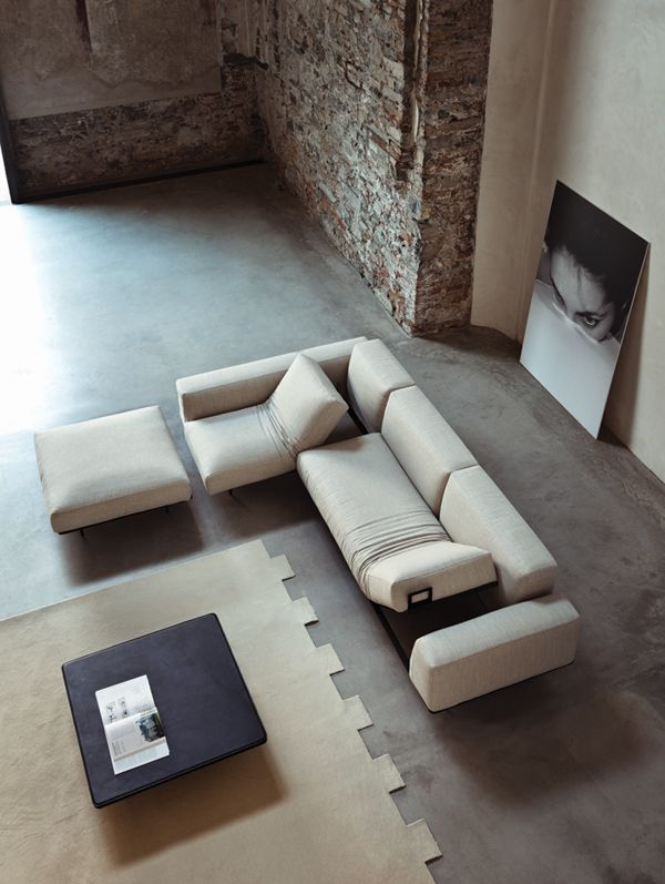 Dobra perspektywa na wieczór #sofa #livingroom #italianstyle #italiandesign #vibieffe