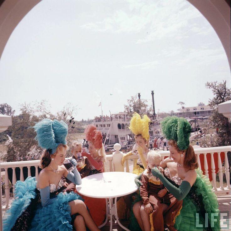 Best Disneyland Vintage Images On Pinterest Disney Parks - 18 amazing rare colour photos disneyland 1955