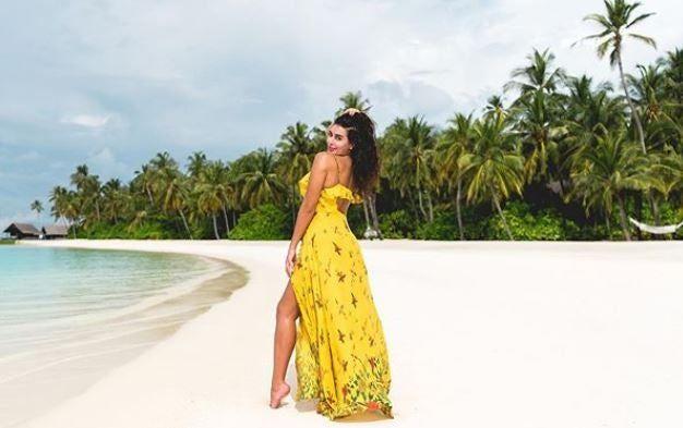 26 صورة ستجعلك ترغب السفر إلى جزر المالديف Dinner Plates Al Fresco Dining Side Plates