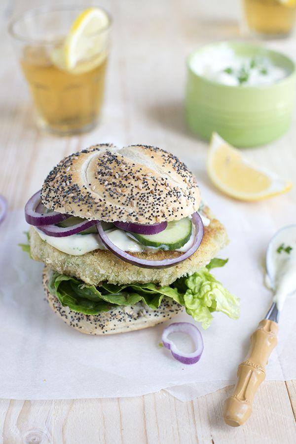 Krokante visburger met wasabisaus | via BrendaKookt.nl