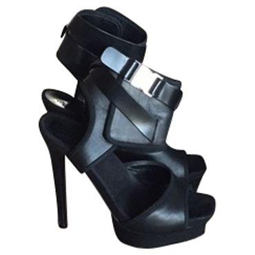 Gucci High Heels günstig kaufen – Prelovee.de Second Hand Mode