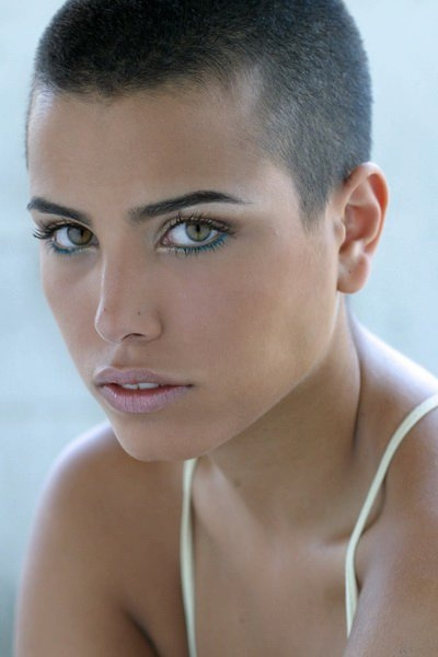 Short Hair Styles- Wow! Wish I were brave enough AND had the face for it!