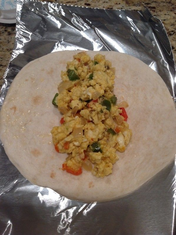 Danas Healthy Breakfast Burritos - make a bunch and freeze for quick microwavable lunches
