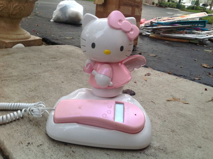 Hello kitty fully functional working house phone with caller I'd display