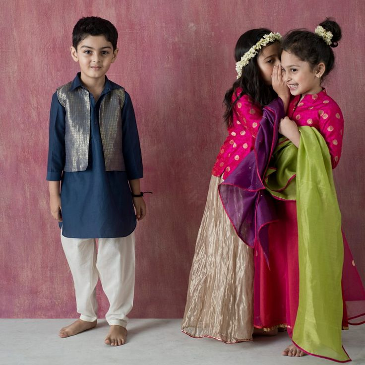 CHOTA PARTY Benares brocades with textures of embroidered jaalis and butahs on silk and silk cotton. Available across all Good Earth shops in India. #Benaras #Gumdrops #SustainableLuxury