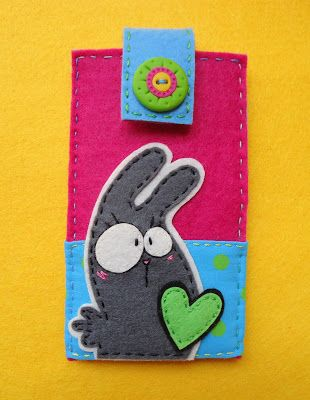 Meia Lua: feltro | Felt Bunny Cellphone Cozy