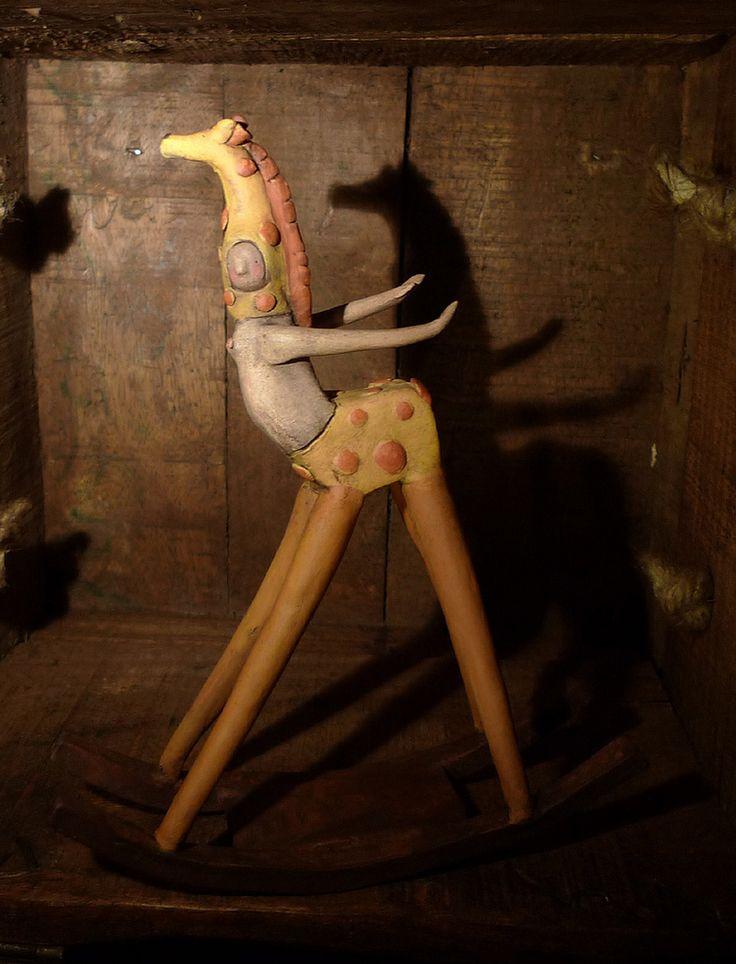 Black Chic Rabbit: Altaluna, Abbaialuna e l'Ateliar Lunae