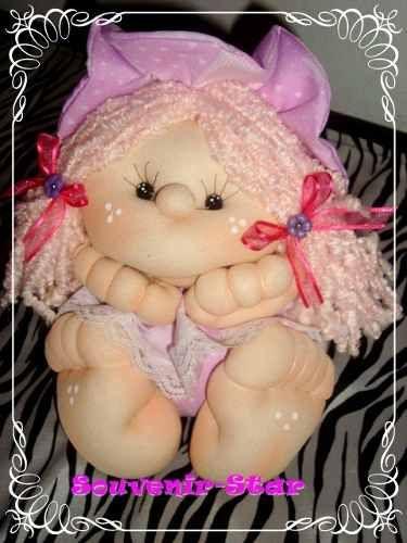 10 souvenir infantil , 15 años, muñeca soft