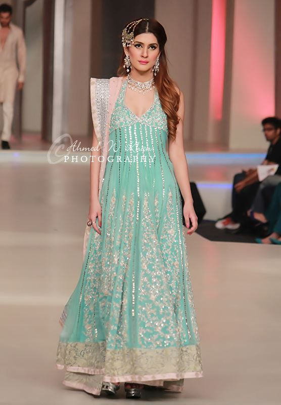 Zainab Chottani Collection At Pakistan Bridal Couture Week 2013