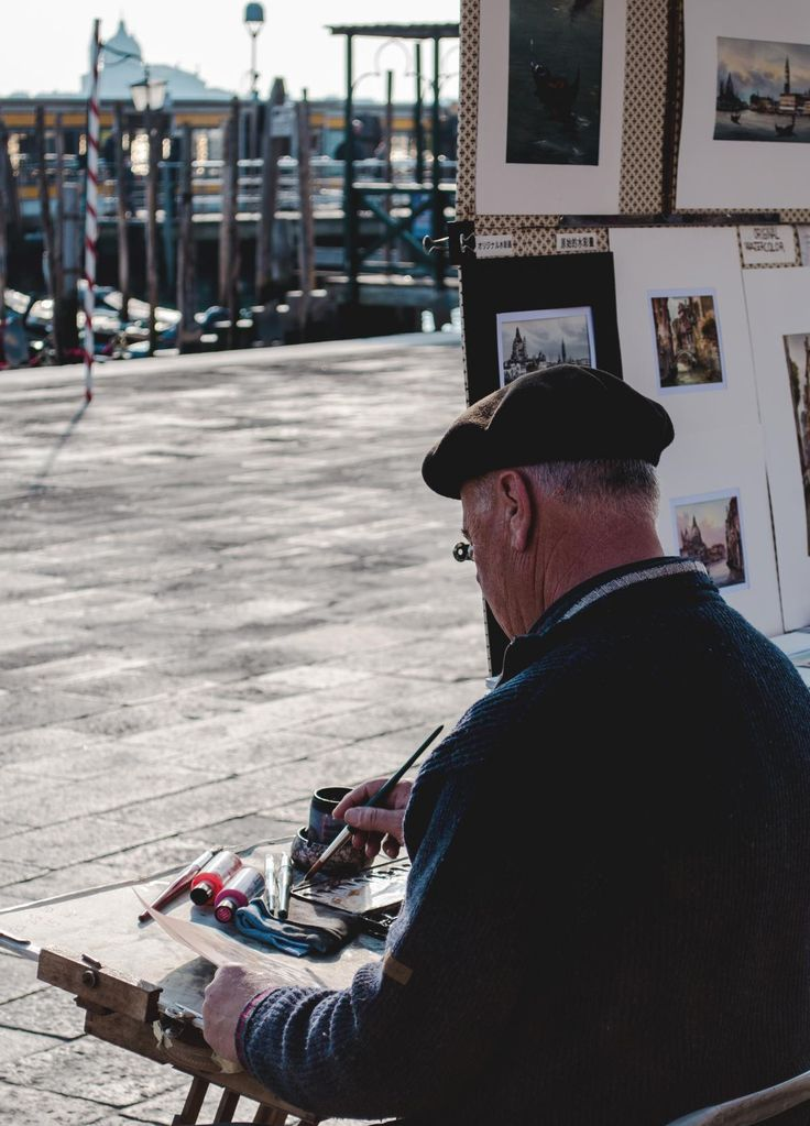 💬 Man Wearing Black Hat and Black Sweater Painting in Street - download photo at Avopix.com for free    ✔ https://avopix.com/photo/47280-man-wearing-black-hat-and-black-sweater-painting-in-street    #people #person #man #male #smile #avopix #free #photos #public #domain