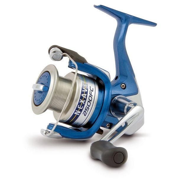 Carrete Shimano Nexave 4000 FC, especial para pesca spinning. Con freno delantero.