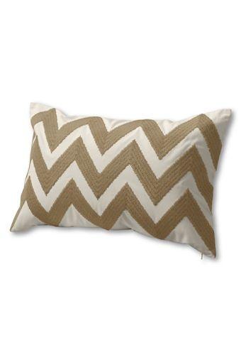 Perfect pillow @ Lands End $24.99: Wall Colors, Chevron Patterns, Decor Ideas, Decor Pillows Covers, Chevron Pillows, Ikat Decor, Pillows Talk, Benches Seats, Chevron Prints