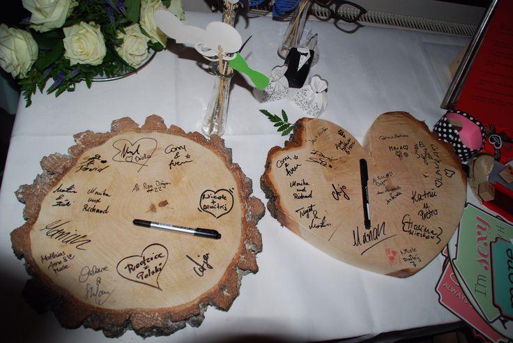 Księgi gości weselnych z plastra brzozy.