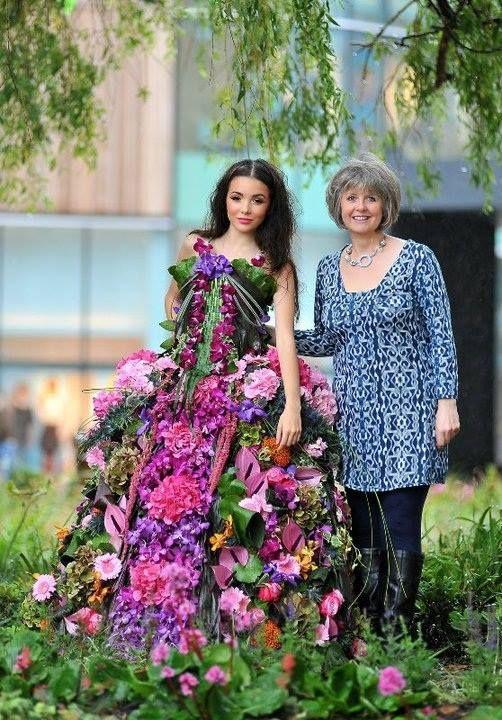 floral and vegetable dress design