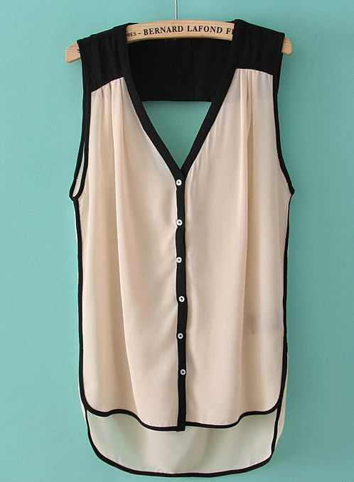 Like the black/white contrast of this top (not sure how loose top fits though).
