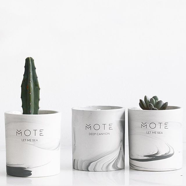 Mote candle & cactus pots   새 향초도 빨리 다쓰고 화분만들고 싶어요  .  .  #향초#선인장#모트향초#모트캔들#candle#lovely#recycledesign#cactus#pots#dailyart#ceramic#soycandle