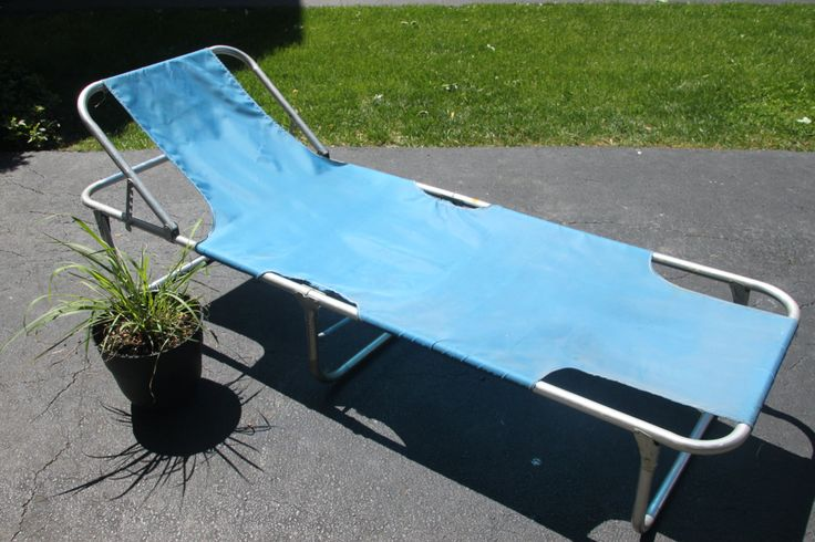 Aluminum Reclining Lounge Lawn Bed, Metal Cot, Folding Bed, Camping Bed, Photo Prop, Vintage Camping, Eclectic, Blue Decor WTH-1011 by WeeklyTreasureHunt on Etsy