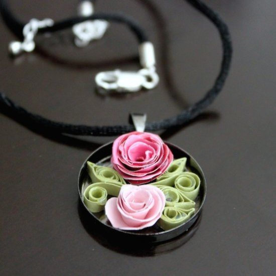 Quilled Jewelry Romantic Roses Necklace (instruction video on how to make)