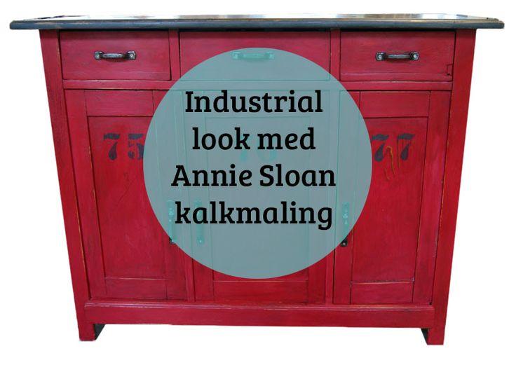 Industrial stil med kalkmaling - kan man det? Yes........  Ja man kan da male møbler som man vil. Industrial stil med kalkmaling er bare en mulighed af mange - søg rundt på siden her og du skal se løjer :-)  Denne super fede skænk har været afsyret og den var lidt