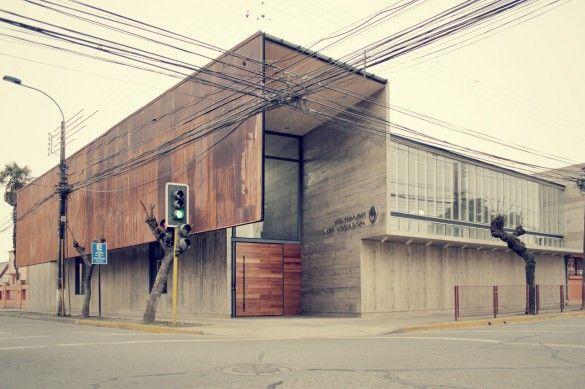 Edificio Adm. Colegio María Auxiliadora de Linares [Re-construcción] | SURco