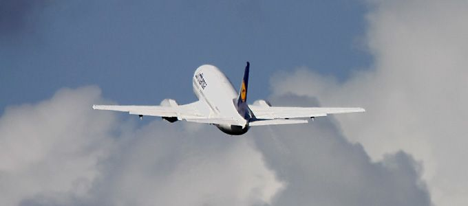 Lufthansa mit Boeing 737 nach Aberdeen
