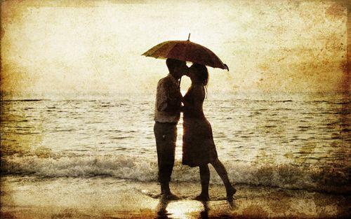 """""""L'amour est ce que je vois dans ton sourire. L'amour est ce que je ressens à chaque touche que tu donnes. L'amour est ce que j'entends dans chaque mot que tu dis. L'amour est ce que nous partageons tous les jours. Je t'aime!"""" - Les plus belles citations d'amour"""