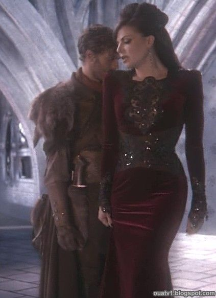 Once Upon a Time | The Evil Queen's Outfits