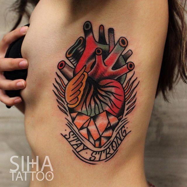 die besten 25 kleine h fte t towiert ideen auf pinterest henna tattoo h fte lotus. Black Bedroom Furniture Sets. Home Design Ideas