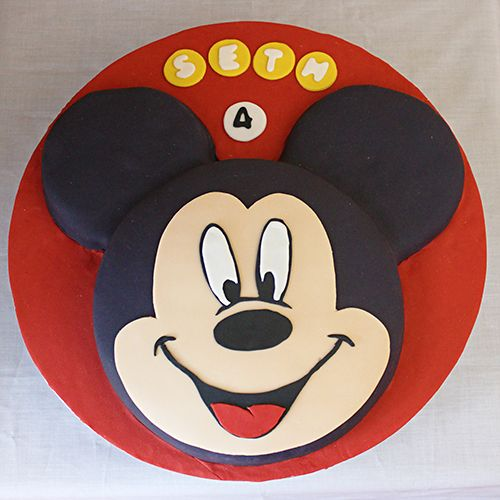 Mickey Mouse face cake