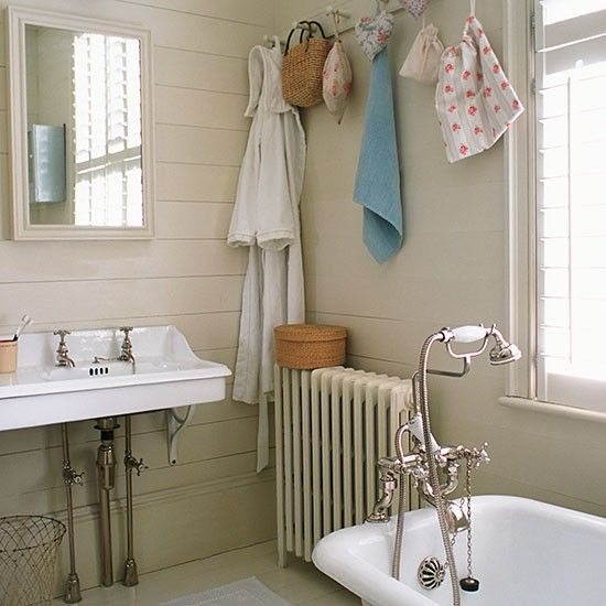 17 Best Ideas About Country Cream Bathrooms On Pinterest