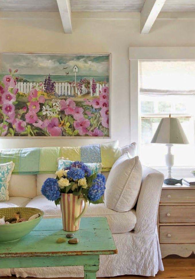 cottage living room | Tracey Rapisardi Design