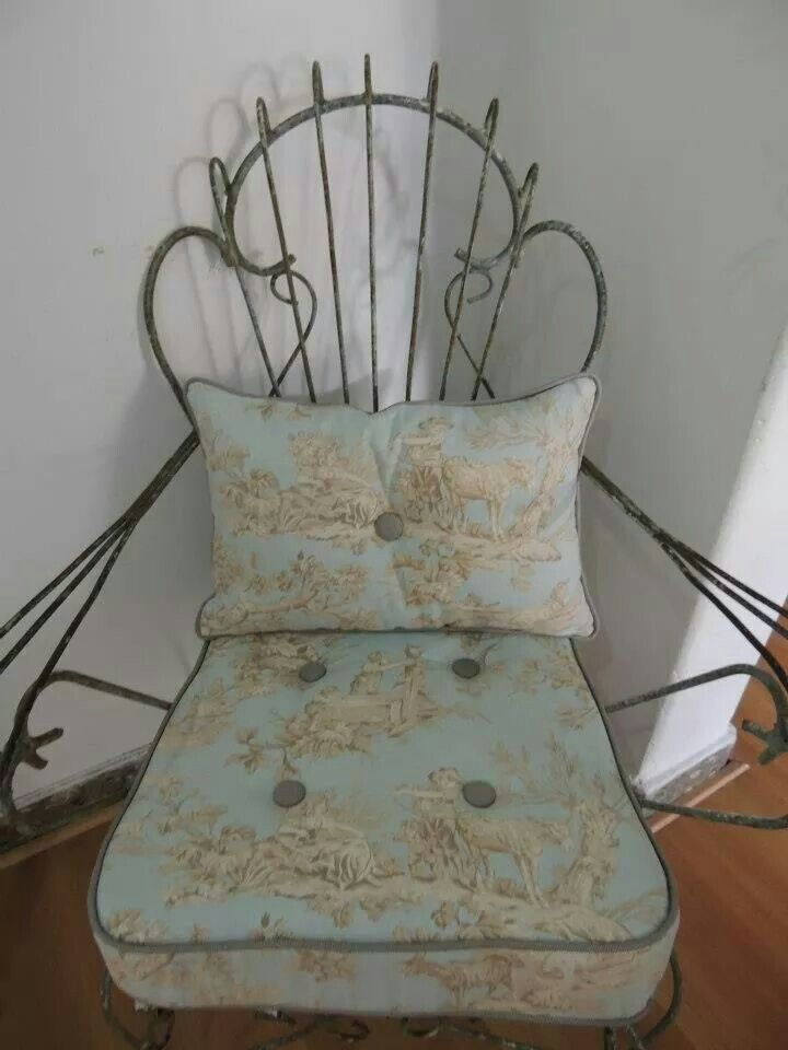 17 best images about sillas de hierro on pinterest for Almohadones para sillas