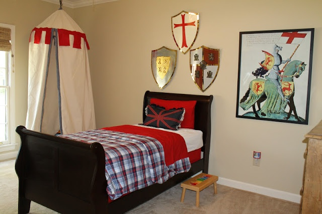 Seamingly Smitten: Knight Bedroom Makeover with Castle Canopy Play Tent
