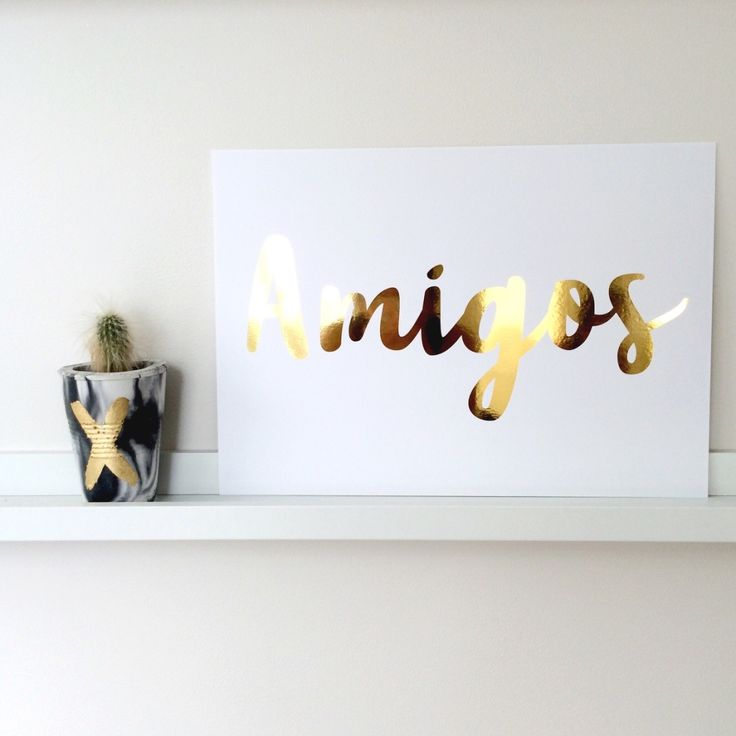 Amigos in a modern casual typeface available in a range of colours, will add a bit of fun to your walls.Available in two sizes.