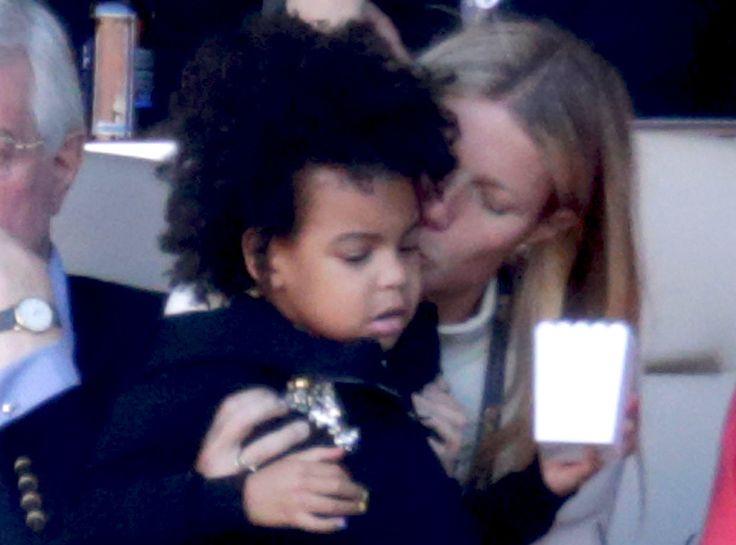 Gwyneth Paltrow Gives Blue Ivy Carter a Big Kiss on the Cheek During Super Bowl 50  Gwyneth Paltrow, Blue Ivy