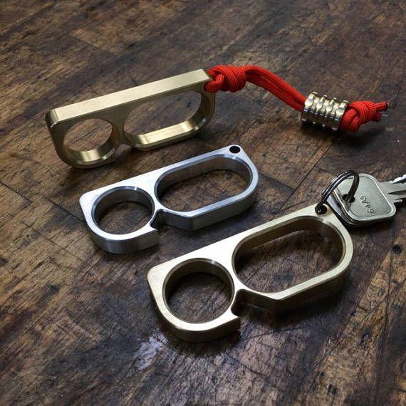 Apribottiglia Beer Opener Bar Tools Double Finger Knuckle Self Defense tirapugni