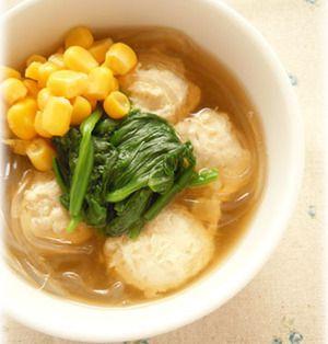 寒い日は旨みがギュッとつまった「鶏団子スープ」で温まろう♪簡単レシピ7選   レシピブログ - 料理ブログのレシピ満載!